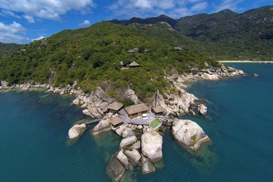 SSNVB_Aerial_view_with_The_Rock_Retreat