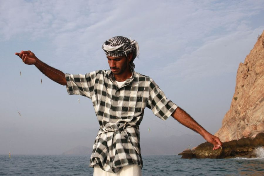 SSZB_Hand_Fishing