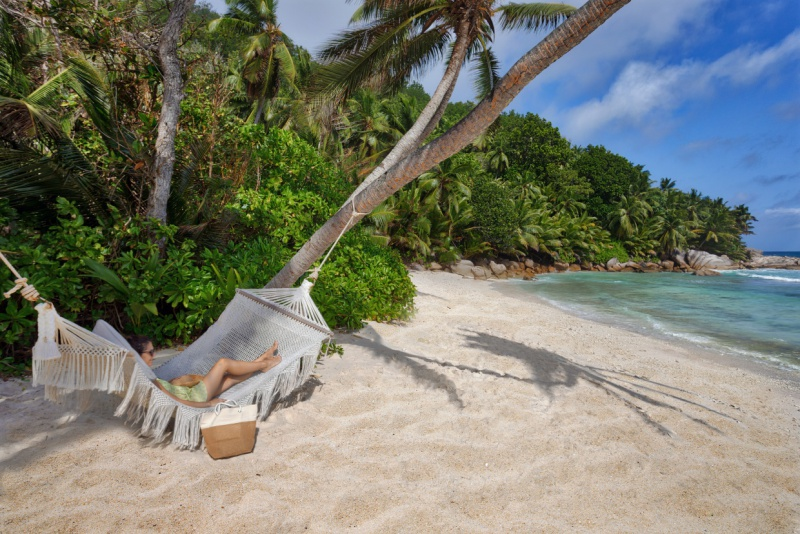 Six-Senses-Zil-Pasyon-children-beach-grand-anse
