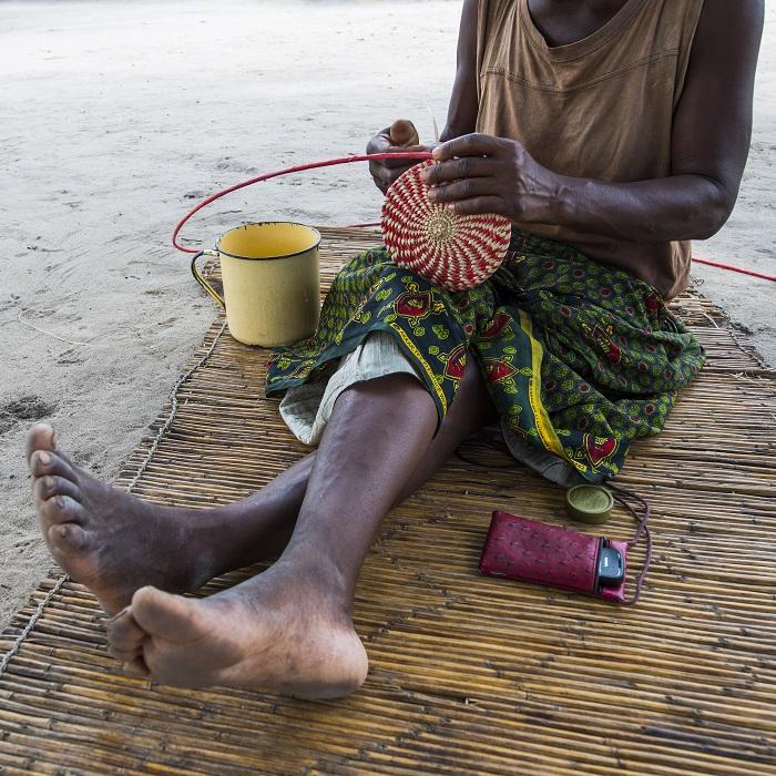 Zambezi Queen village crafts