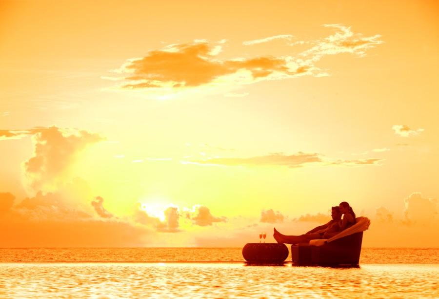 DRERC_COUPLE_AT SUNSET3_1