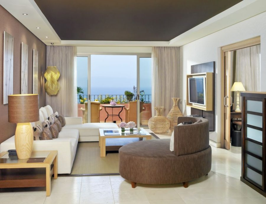 One Bedroom Suite Living Room -Citadel & Villas
