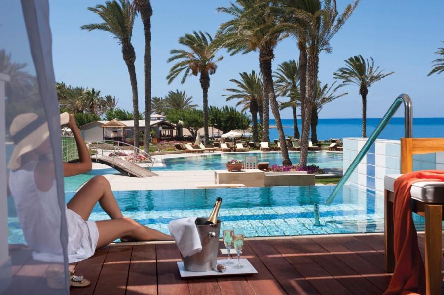 03_asimina suites hotel lifestyle