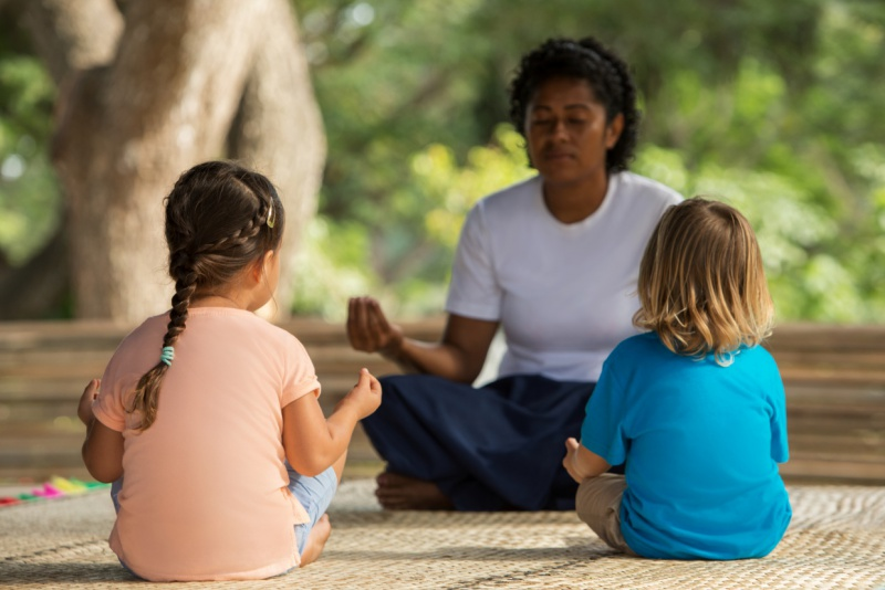 Six-Senses-Fiji-kids-yoga