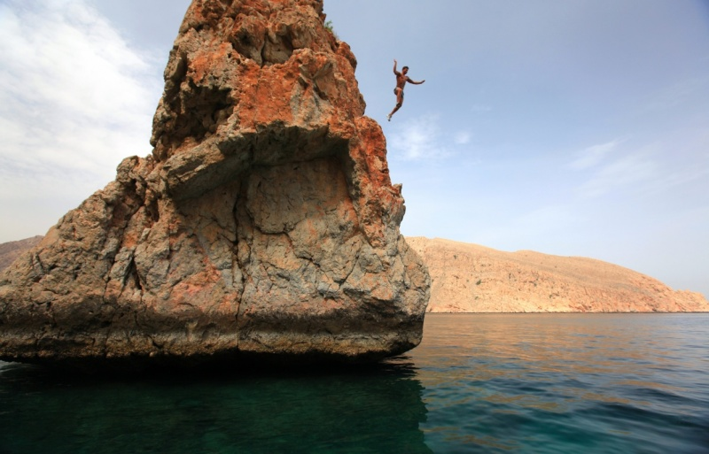 Six-senses-Zighy_Bay-Rock-Jumping