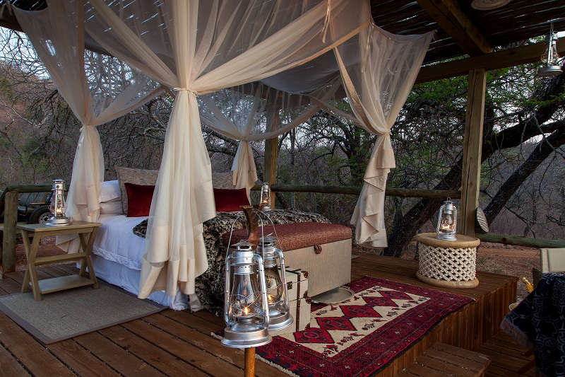 Tintswalo-Safari-Lodge-Sleep-out-deck